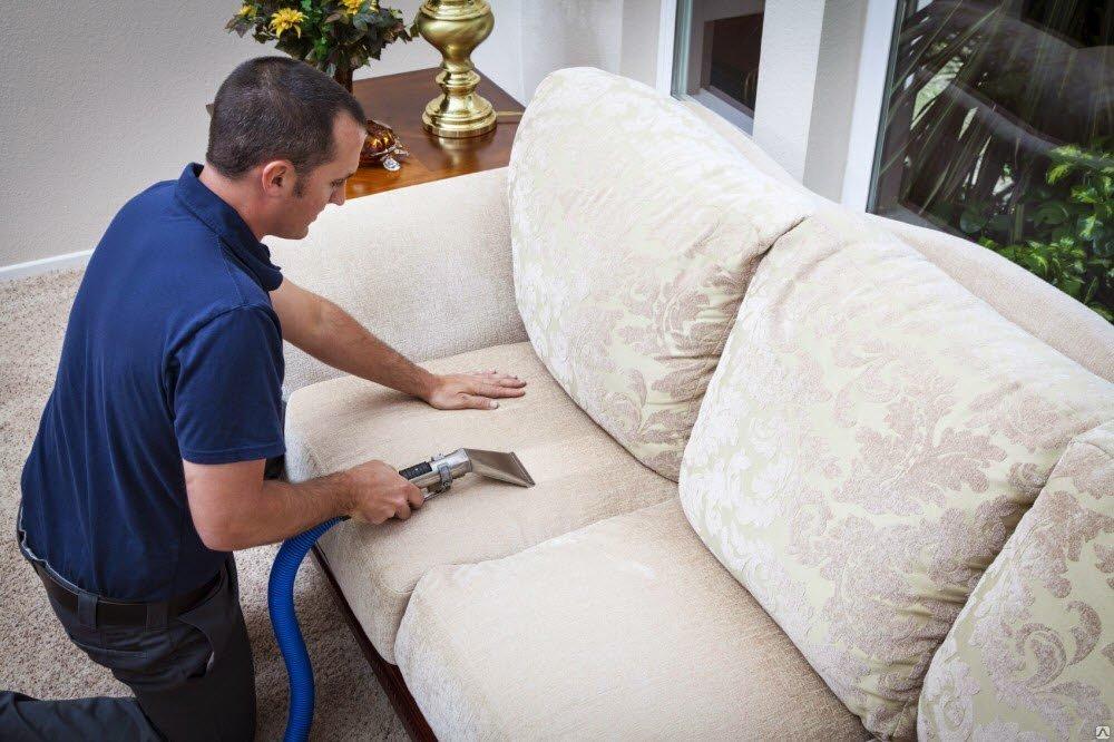 Чем почистить белый диван в домашних условиях