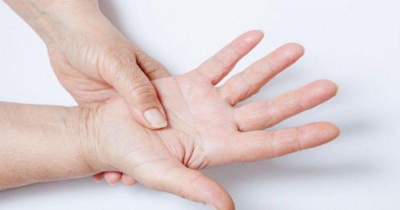 Почему немеют пальцы у беременных 616