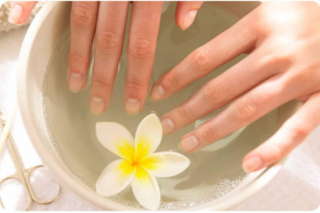 укрепление ногтей в домашних условиях ванночки -медовые