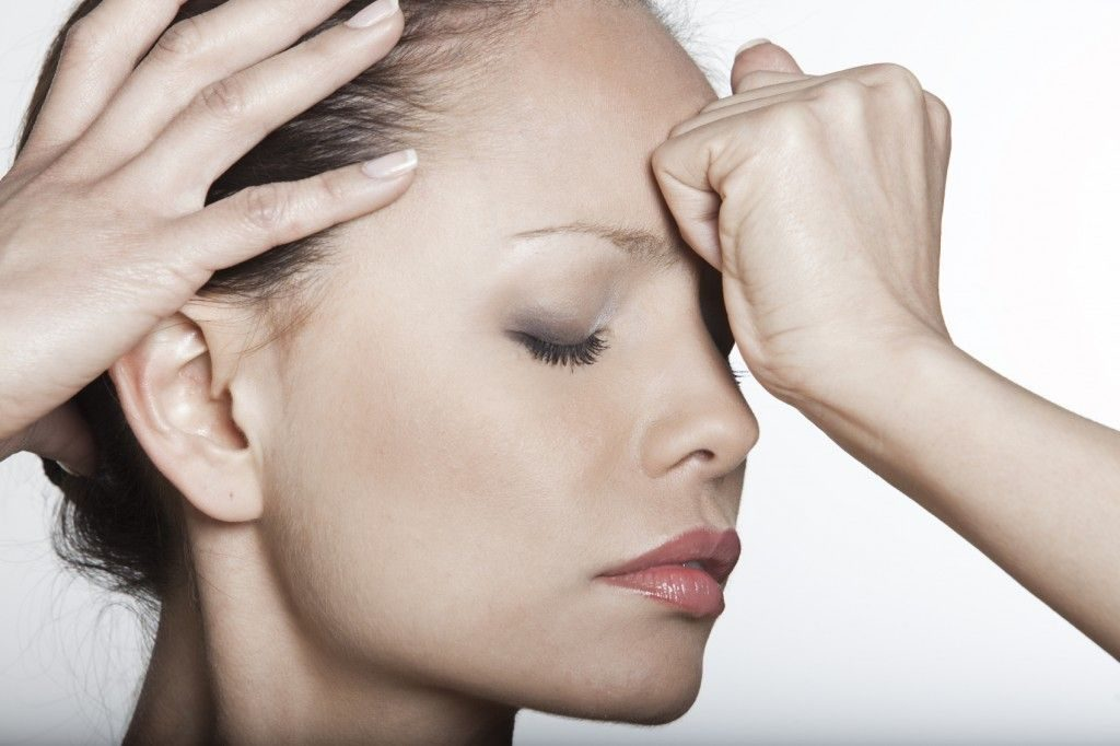 Сильная головная боль в области лба и висков что делать