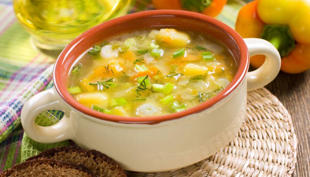 какой суп приготовить на обед быстро и вкусно-овощной суп