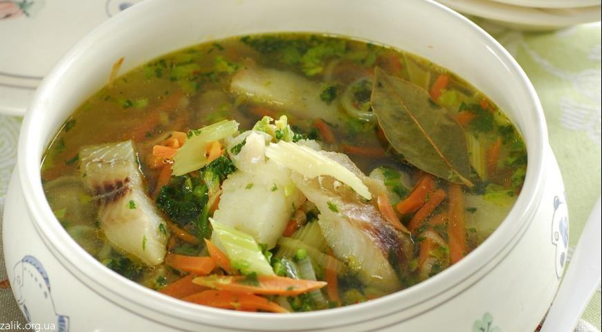 какой суп приготовить на обед быстро и вкусно-рыбный суп