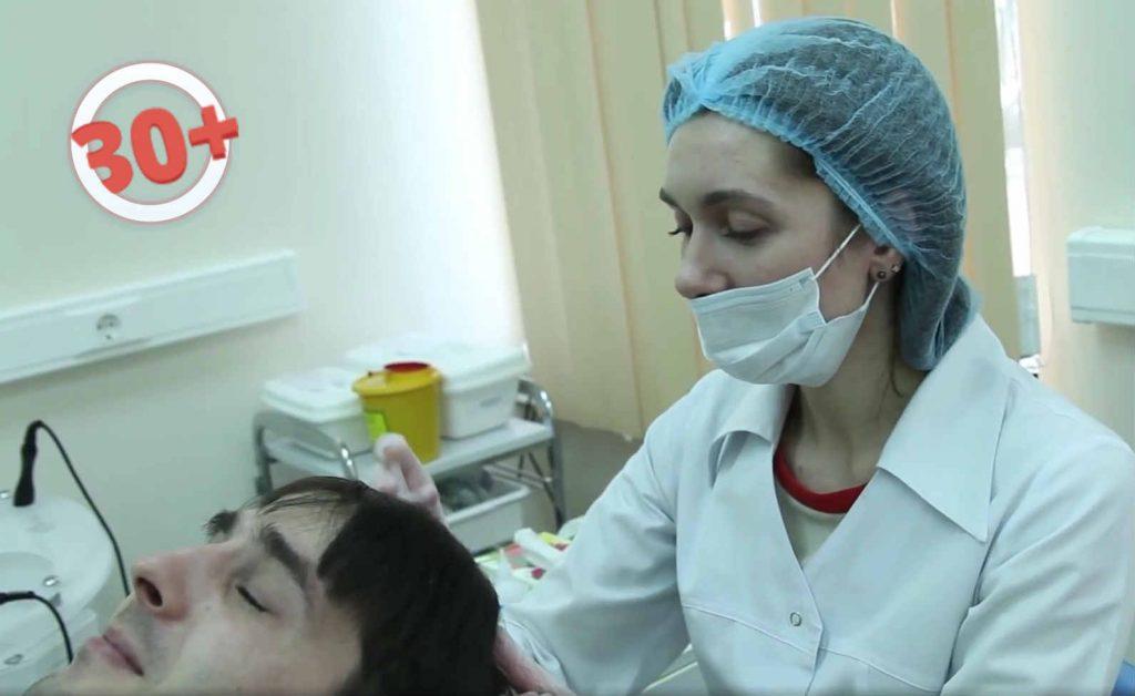 выпадают волосы что делать у женщин причины и лечение облысения